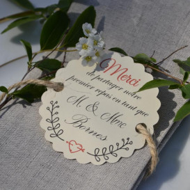 étiquette mariage premier repas, papier ivoire, décoration de table, motif champêtre.