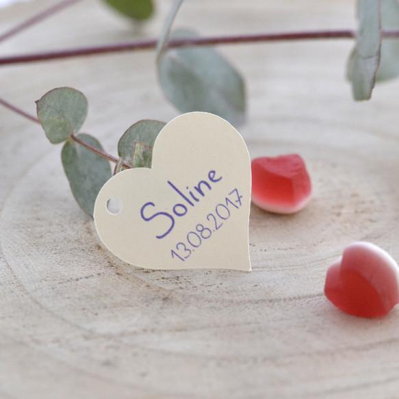 étiquette baptême, mariage, papier ivoire, forme coeur.