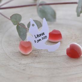étiquette baptême, mariage, papier blanc, forme colombe.